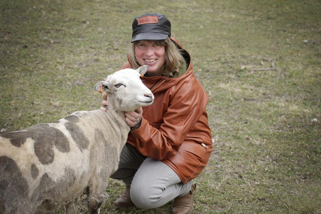 Claudia Dillmann lamm lammskinn fårskinn nappa kläder